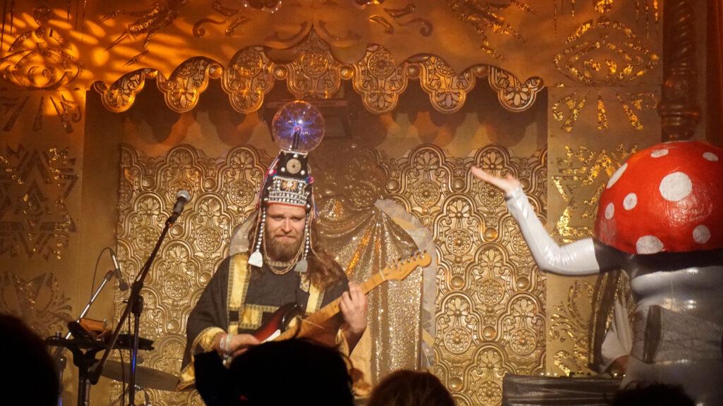 henge cabaret stage