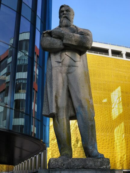 Statue of Friedrich Engels in Manchester, in story about fast fashion.