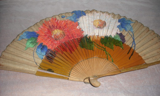 Spanish Civil War collection fans at PHM